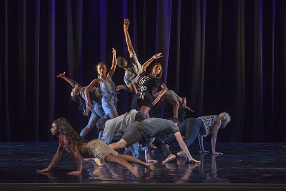 Dancers performing in Dance Alabama!