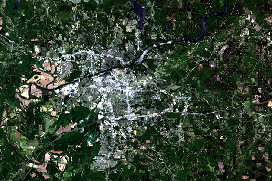 Satellite image of Tuscaloosa in April 2016.