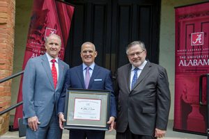Jeff Levitetz give $1 million to support a new leadership program in New College.